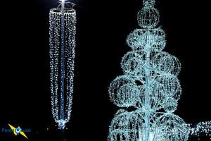 Addobbi Natalizi Napoli.Luminarie Natalizie Napoli Illuminazioni Natalizie E Luci Di Natale